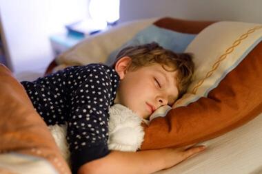 朝なかなか起きない子供を起こす方法